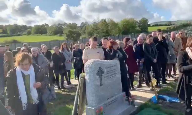 Người chết chơi khăm khiến cả đám tang đang khóc phải bật cười 2