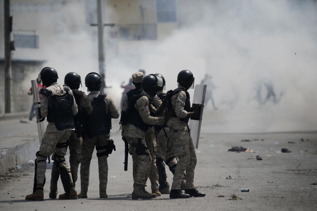 10 năm sau động đất, sóng thần hủy diệt, Haiti 'sống mà chằng chịt sẹo' 12