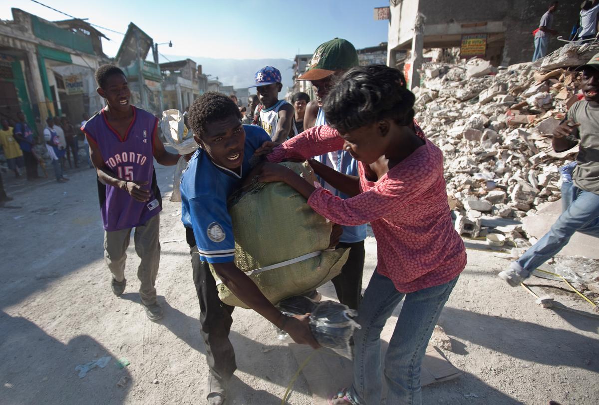 10 năm sau động đất, sóng thần hủy diệt, Haiti 'sống mà chằng chịt sẹo' 6