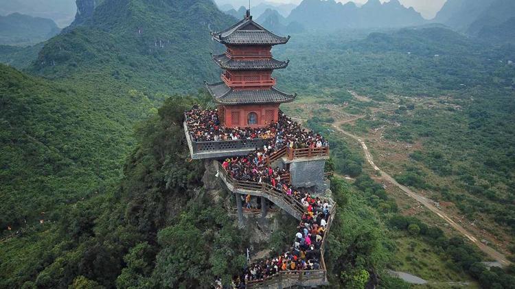 Phòng virus corona: Chùa Tam Chúc, Yên Tử, Ba Vàng... hủy khai hội 1