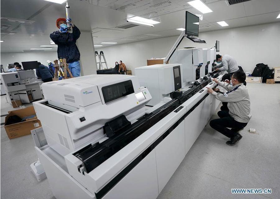 Cận cảnh bệnh viện dã chiến điều trị corona lớn nhất Vũ Hán 12