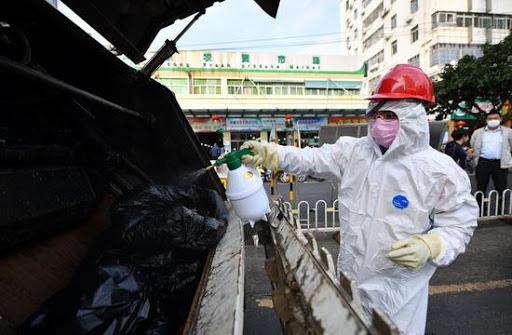 Tâm dịch Hồ Bắc oằn mình xử lý rác thải y tế chất đống trong bệnh viện 1