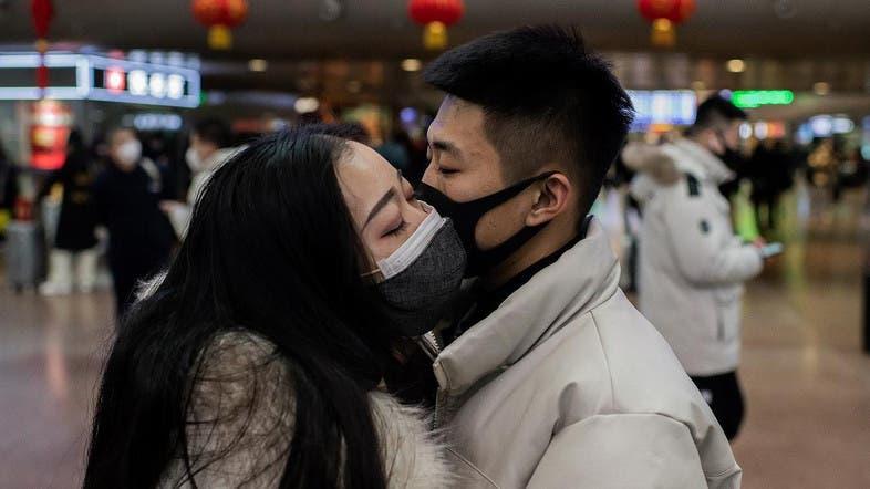 Những nụ hôn mùa Valentine thời corona 1