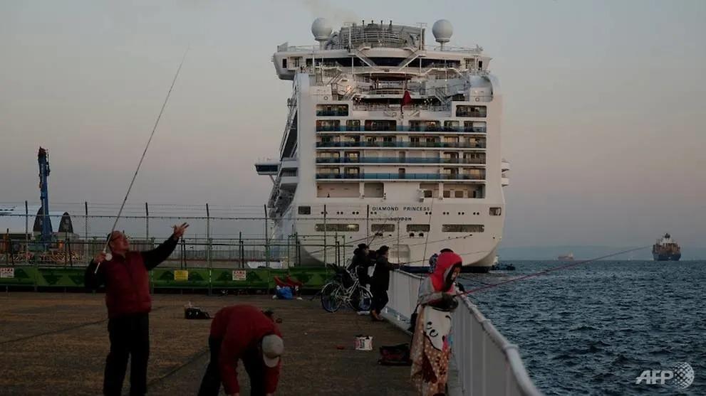 'Thả nhầm' 45 hành khách nghi nhiễm Covid-19 trên tàu Diamond Princess 1