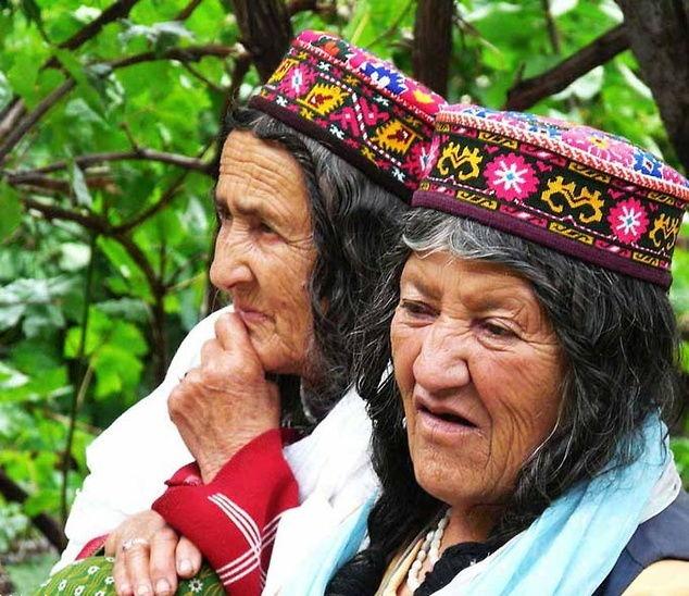 Bộ lạc sống thọ đến 160 tuổi, sở hữu nhiều mỹ nhân nhất thế giới 4