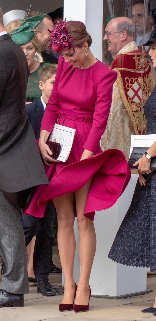 Những khoảnh khắc 'nổi loạn' của 2 nàng dâu hoàng gia Anh 2