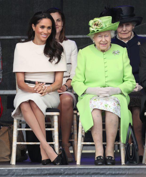Những khoảnh khắc 'nổi loạn' của 2 nàng dâu hoàng gia Anh 3