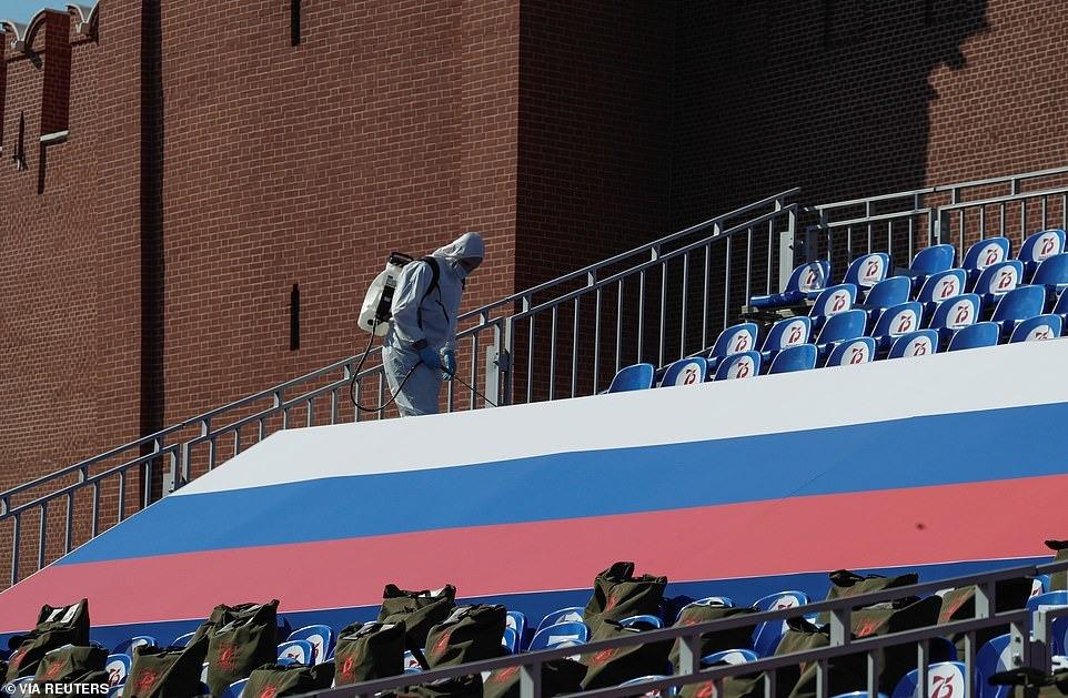 Covid-19 hạ nhiệt, Nga tổ chức duyệt binh Ngày chiến thắng hoành tráng 15