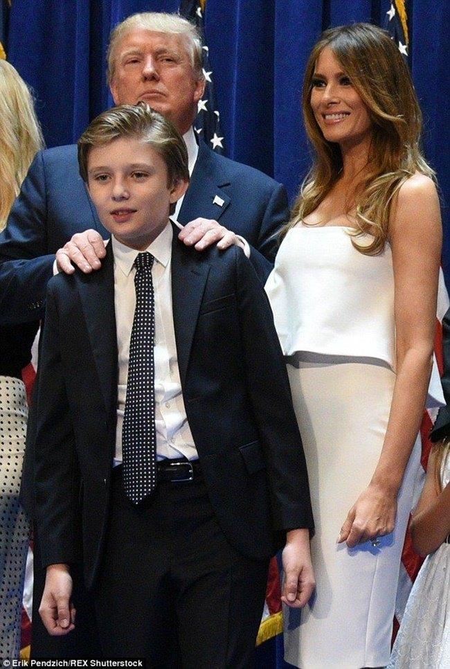 Loạt ảnh 'Hoàng tử Nhà Trắng' Barron Trump đốn tim công chúng cách đây 4 năm 14