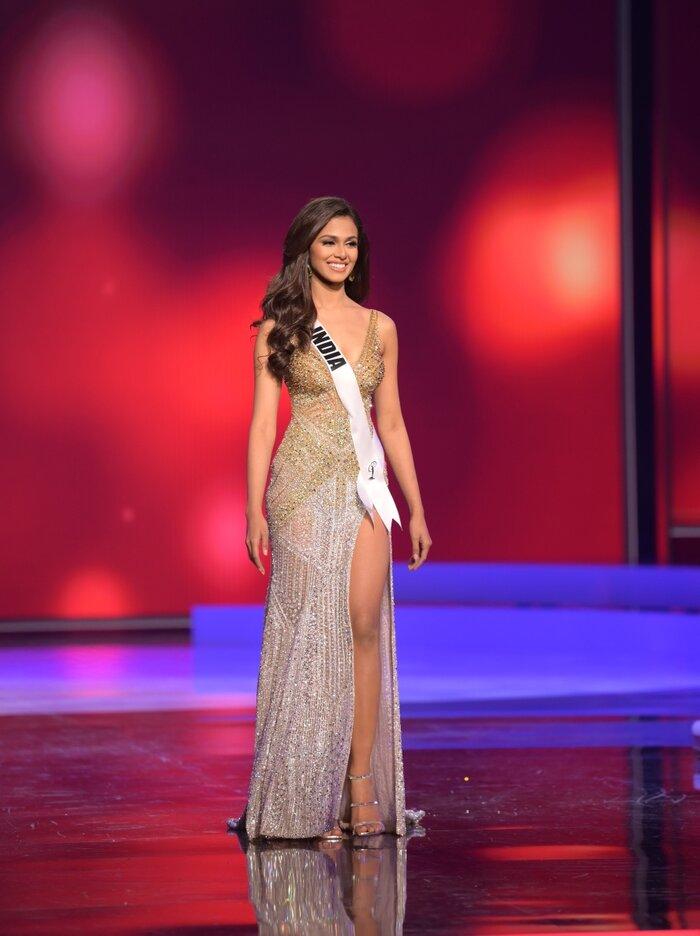 رونمایی از 10 طرح زیباترین لباس شب در نیمه نهایی Miss Universe: Hung Dong از ویتنام