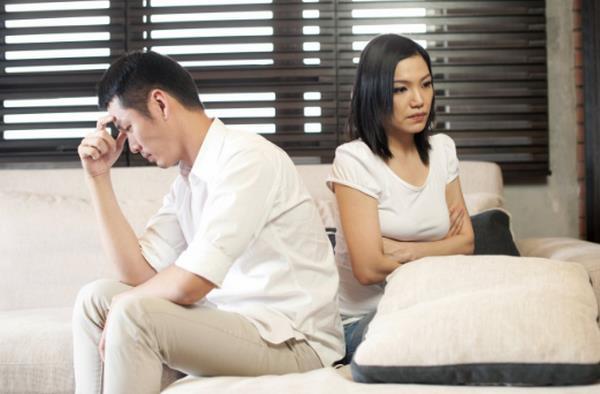 Chồng bắt quả tang vợ ngoại tình với người yêu cũ 3