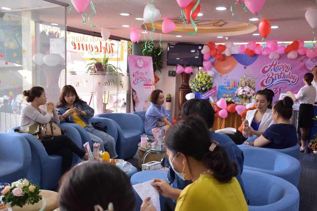 Bệnh viện Thẩm mỹ Ngọc Phú tưng bừng chào đón sinh nhật lần thứ 31 6
