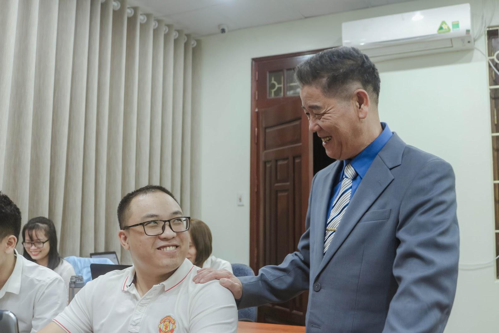 Trương Văn Trắc - CEO timviec365.vn hé lộ gì về việc làm kinh doanh tại TP.HCM? 3