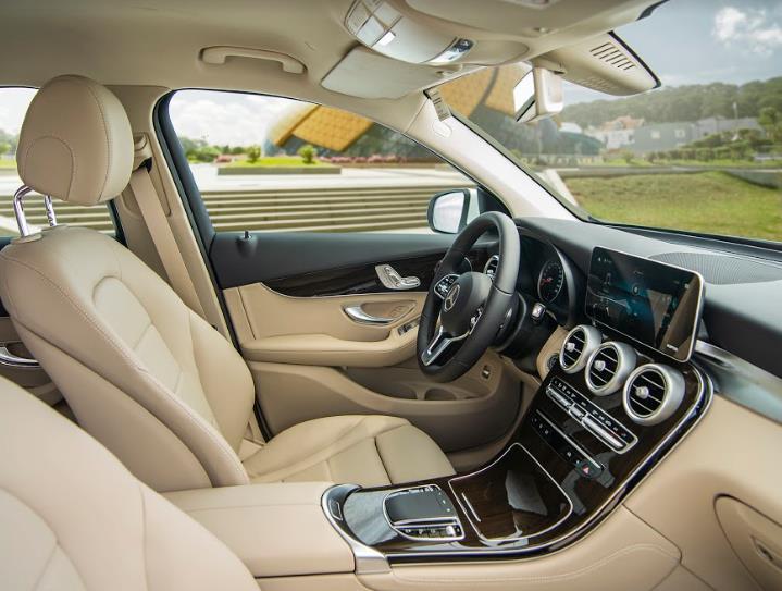Cận cảnh Mercedes-Benz GLC 200 4MATIC 2020 6