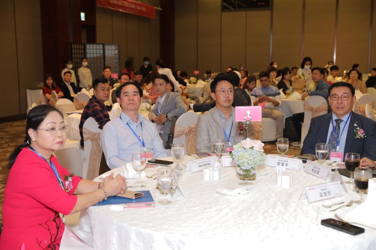 اپلیکیشن تیکا تیکا برای رانندگان خانگی رسما در بازار ویتنام 4 راه اندازی شده است