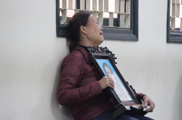 """Mẹ ca sĩ Châu Việt Cường: """"Đêm nào tôi cũng nghĩ tới việc con trai đã gây ra"""