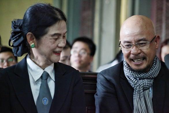 Chân dung hai người phụ nữ ảnh hưởng đến ông vua cafe Trung Nguyên - Đặng Lê Nguyên Vũ 7