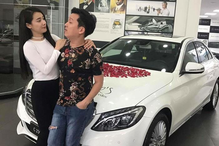 Đọ độ lãng mạn của 2 cặp đôi đình đám Trường Giang - Nhã Phương và Trấn Thành - Hari Won 10