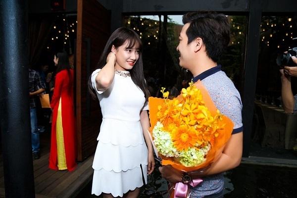 Đọ độ lãng mạn của 2 cặp đôi đình đám Trường Giang - Nhã Phương và Trấn Thành - Hari Won 14
