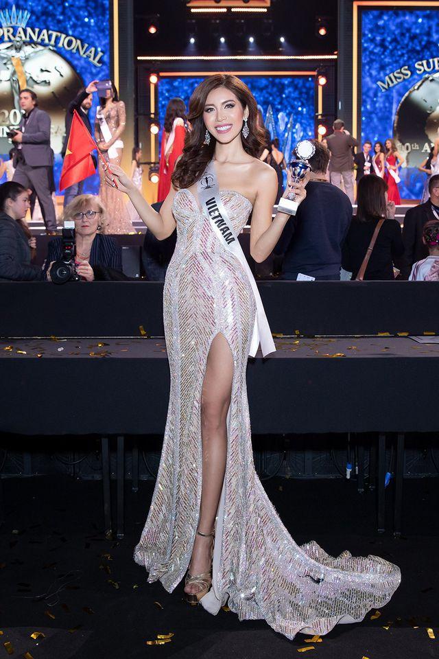 Minh Tú bất ngờ khoe thân giữa lời mỉa mai của antifan là 'Hoa hậu ao làng' 3