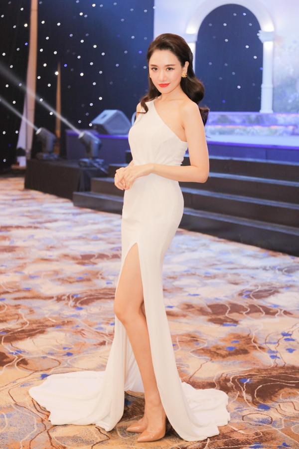 Hari Won đã lột xác bớt quê mùa như thế nào sau khi làm vợ Trấn Thành? 17