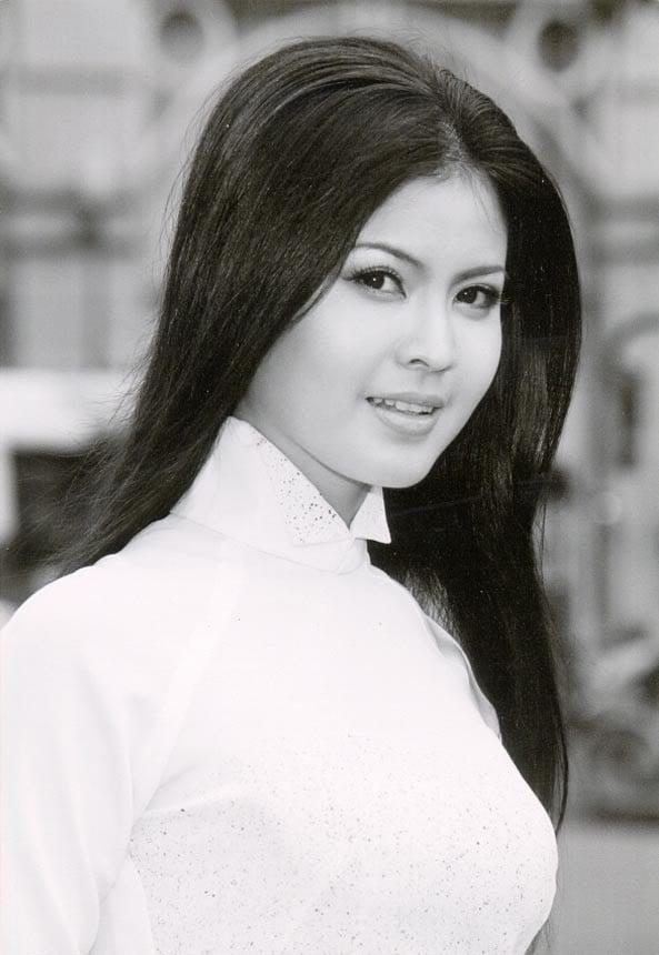 Hot girl Trâm Anh, Hoàng Thùy Linh... và những sao Việt khốn đốn vì lộ clip nóng 4