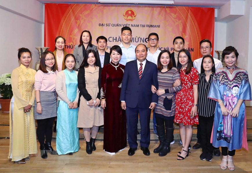 Hình ảnh hoạt động của Thủ tướng Nguyễn Xuân Phúc tại Romania 11
