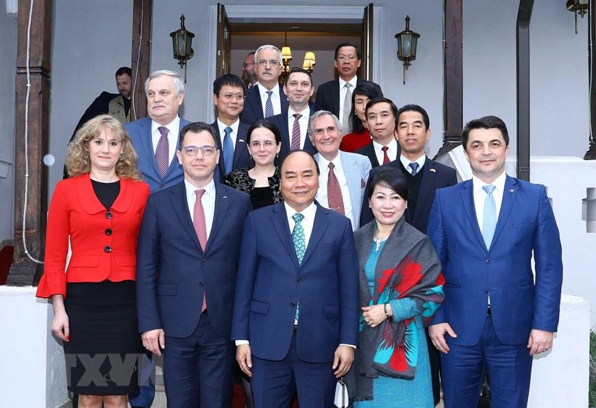 Hình ảnh hoạt động của Thủ tướng Nguyễn Xuân Phúc tại Romania 5