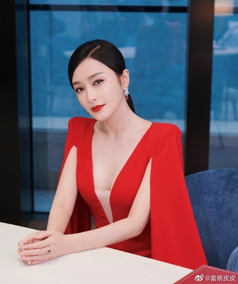 Tần Lam đáp trả cực gắt khi bị hỏi chuyện chồng con 2
