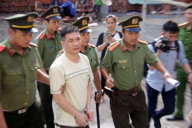 Sự bình thản đến lạnh người của Văn Kính Dương trong 2 ngày xét xử 1
