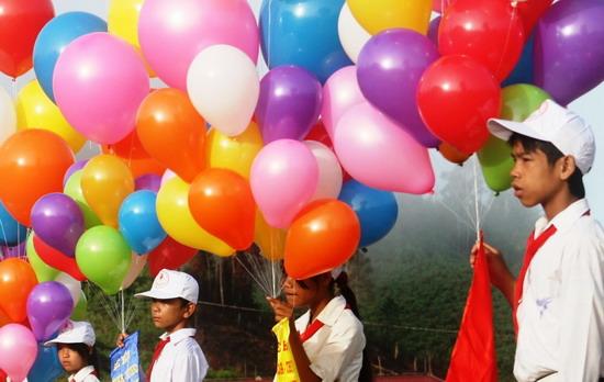 Nổ bóng bay trang trí tại chùa Ba Vàng khiến 4 người nhập viện 3