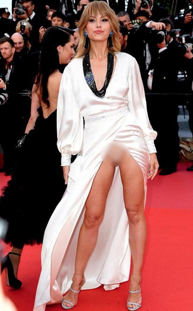 Không chỉ Ngọc Trinh, thảm đỏ Cannes từng chứng kiến nhiều sao thế giới diện đồ phản cảm 12
