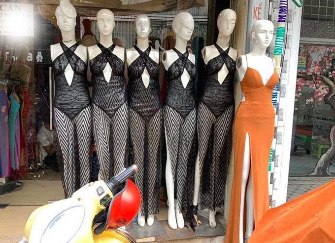 Bất ngờ chiếc váy gây tranh cãi của Ngọc Trinh được bày bán nhan nhản trên MXH 2