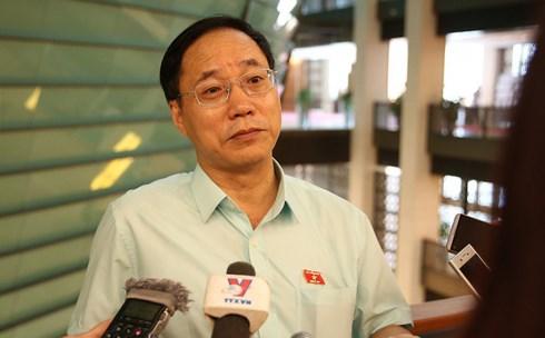 Tướng Nguyễn Mai Bộ: 'Ông Nguyễn Hữu Linh ôm hôn bé gái không quen là hoàn toàn sai' 1