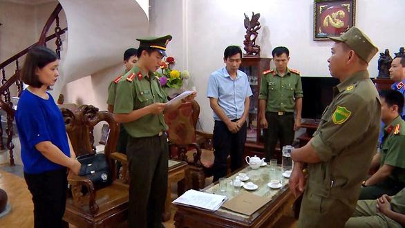 Người thân các thí sinh được nâng điểm ở Sơn La khai báo gì tại cơ quan công an? 2