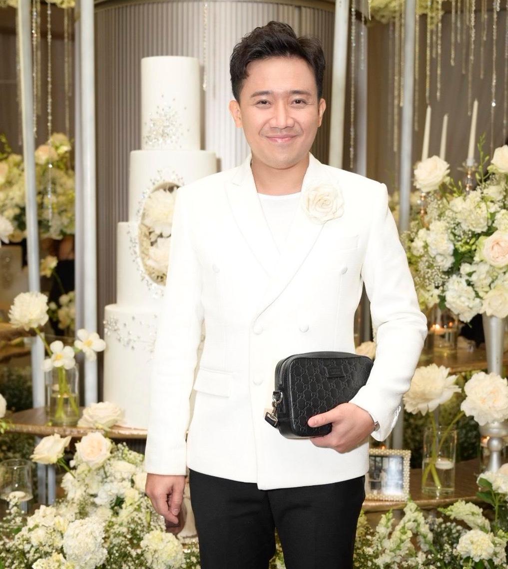 Thiếu Hari Won, Trấn Thành bất ngờ bị 'ném đá' vì chơi trội đi dự đám cưới Dương Khắc Linh 2