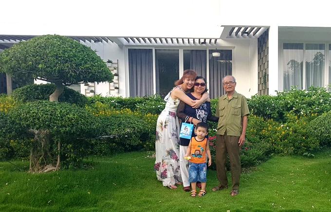 Phi Thanh Vân nghẹn ngào tiễn biệt bố qua đời, không kịp bên ông lần cuối 4