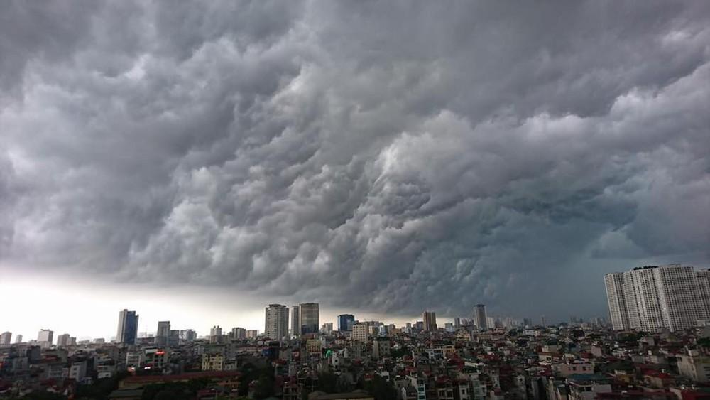 Dự báo thời tiết hôm nay 6/6/2019: Miền Bắc mưa dông chuẩn bị tiếp tục đợt nắng nóng 1